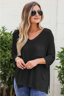 Black Solid V-neck Three Quarter Sleeve T-shirt with Pocket
