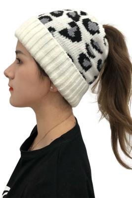 Women's Fashion Knitted Warm Cute Elegant Classic Soft Comfortable Beanies