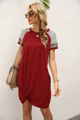 Wine Red Stripe O-neck Twist Short Sleeve Dress with Pocket