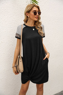 Black Stripe O-neck Twist Short Sleeve Dress with Pocket