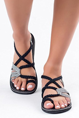 White&Black Cross-tied Flat Sandals