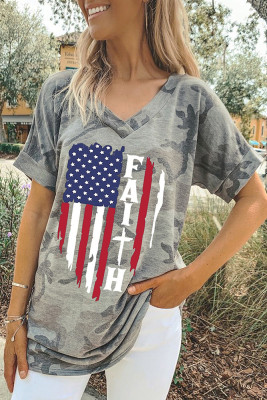 Camo USA  Flag Printed Graphic Tee