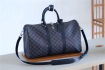 Louis Vuitton Bag   (45x27x20cm)
