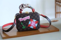 Louis Vuitton Women bag (N40048)