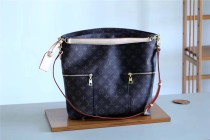 Louis Vuitton Women bag  (M41544)