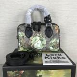 Gucci Bags  (18.5X12X10cm)