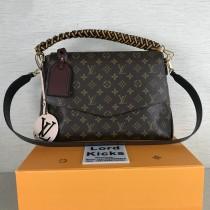 Louis Vuitton Women bag  (M43953)