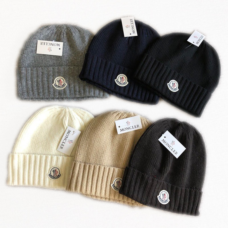 Moncler Woolen Knitted Hat CA025