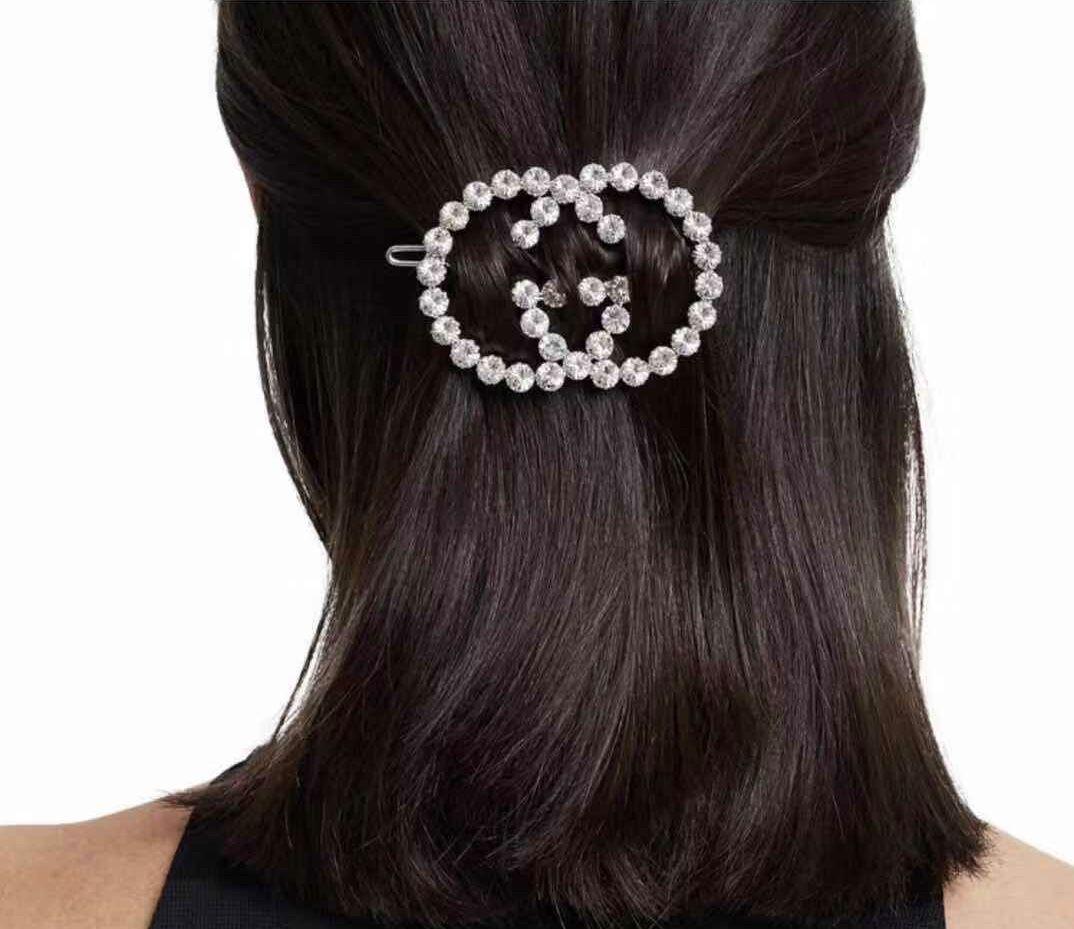 GG Crystal Hair clip A0642