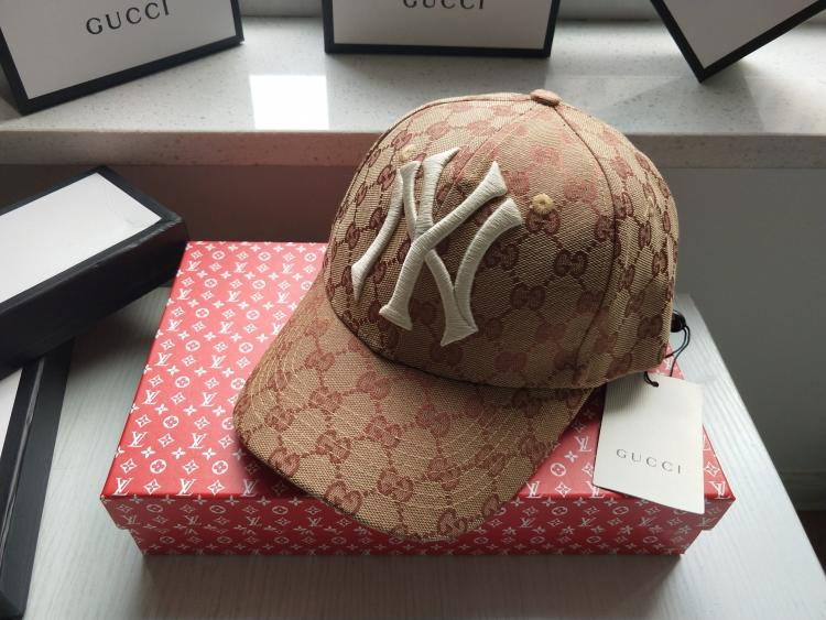 CA018 embroidery GUCCI Baseball Cap