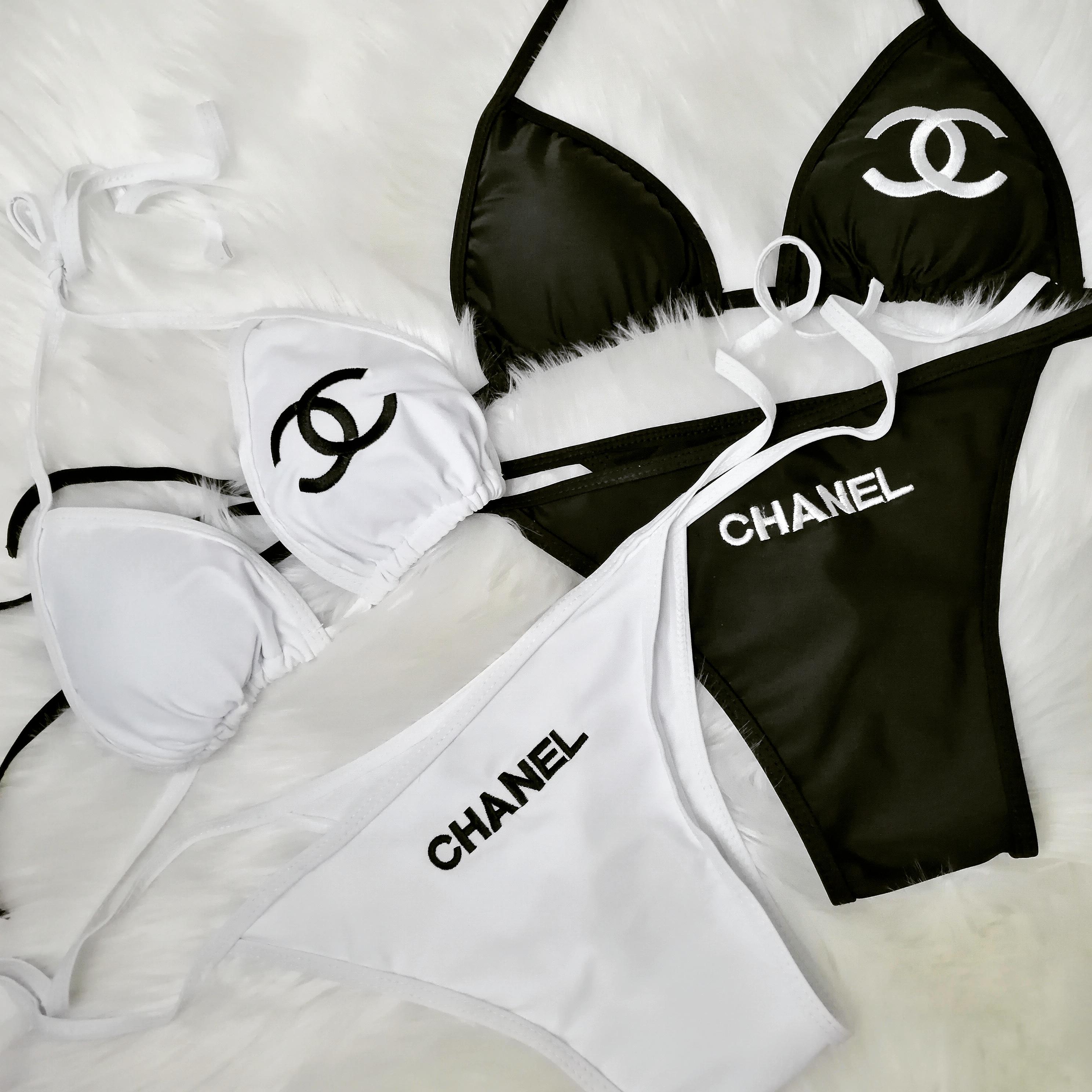 CH04 CC Bikinis