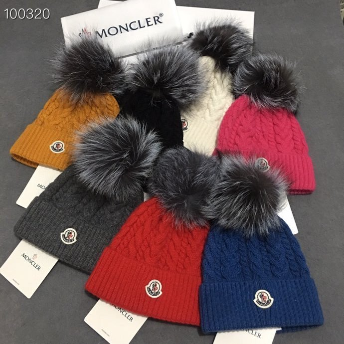 Wool Hats with fox fur Pom Pom