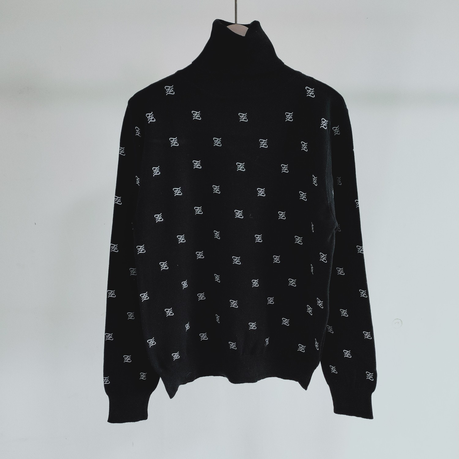 New Spring FF Base Sweater
