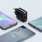 ROCK Digital Display Quick Charge 4.0 3.0 USB Charger QC3.0 Charger For iPhone 11 Pro Samsung Xiaomi Type C PD Wall Fast Charger