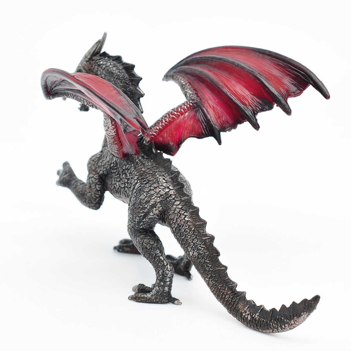 D&D Dragon Miniature Pre-Painted 7.5  Long 28mm Scale Monster Mini Model for Dungeons and Dragons, Pathfinder or Any Tabletop RPG