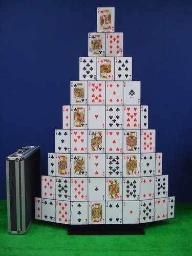 * Automatic Giant Card Castle