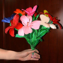 Sleeve Bouquet - Red/Multicolor