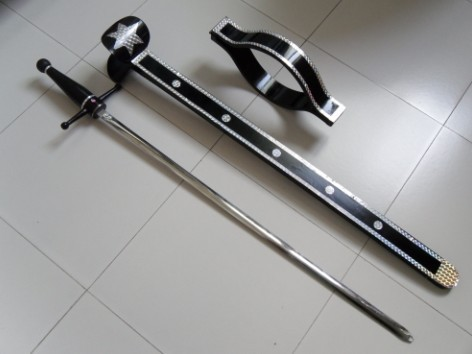 Super Sword Thru Neck