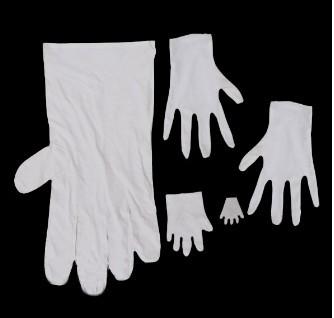 Gloves Illusion