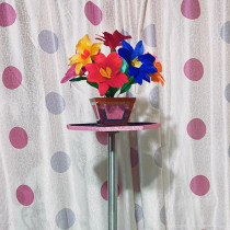 Potted Flower Table by YG Magic