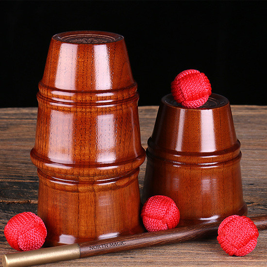 Wooden Cups and Balls (Deluxe)