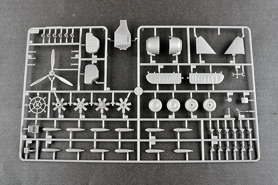 Trumpeter 02880 1/48 Scale Fairey Albacore Torpedo Bomber Plastic Aircraft Assembly Model Kit