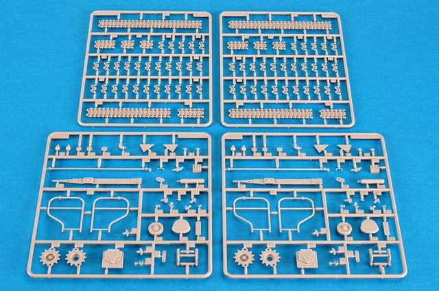 Trumpeter 00361 1/35 Scale Russia SAM-6 Antiaircraft Missile Military Plastic Assembly Model Kit