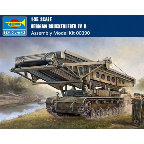 Trumpeter 00390 1/35 Scale German Bruckenleger IV b Military Plastic Tank Assembly Model Kit