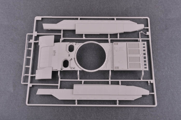 Trumpeter 09528 1/35 Scale Russian T-14 Armata MBT Military Plastic Assembly Model Kit