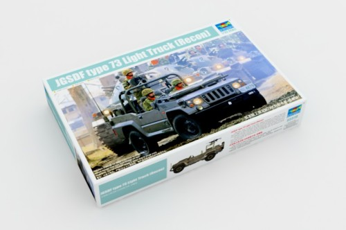Trumpeter 05519 1/35 Scale JGSDF type 73 Light Truck (Recon) Plastic Assembly Model Building Kits
