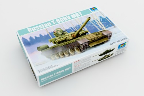 Trumpeter 05566 1/35 Scale Russian T-80BV Main Battle Tank Military Assembly Modle Building Kits