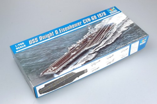 Trumpeter 05753 1/700 Scale USS Dwight D.Eisenhower CVN-69 1978 Military Plastic Assembly Model Kits