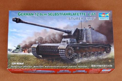 Trumpeter 00350 1/35 Scale German 12.8cm Selbstfahrlafette L/61 Sturer Emil Military Assembly Model Kits