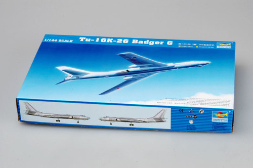 Trumpeter 03907 1/144 Scale Tu-16k-26 Badger G Bomber Military Plastic Assembly Aircraft Model Kits