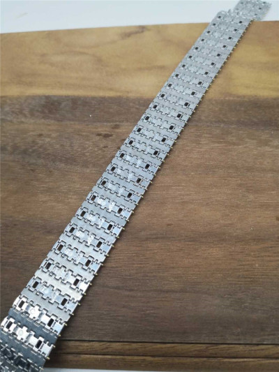 1/35 Scale Metal Track Links w/metal pin for King Tiger & Jagdtiger Tank Model SX35001