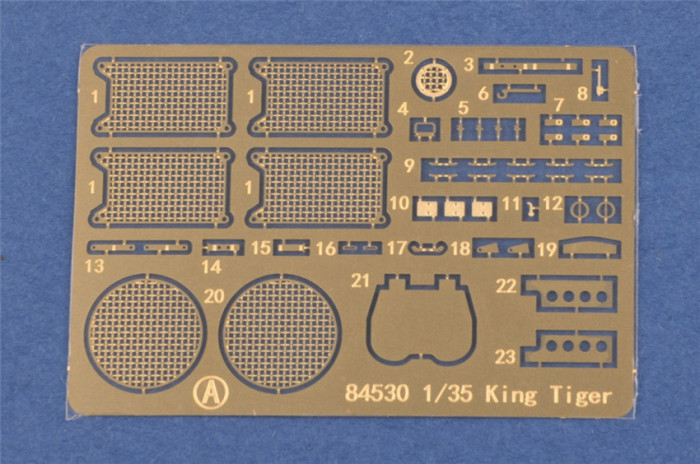 HobbyBoss 84532 1/35 Scale Pz.Kpfw.VI Sd.Kfz.182 Tiger II (Henschel Feb-1945 Production) Military Plastic Assembly Model Kit