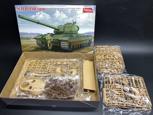 Amusing Hobby 35A013 1/35 Scale British Heavy Tank FV214 Conqueror MK.I w/Spaced Armor Military Plastic Assembly Model Kit