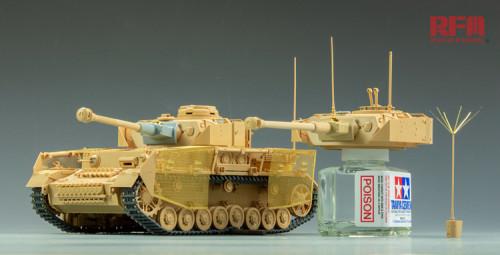 RyeField Model 1:35 Pz.Kpfw.III//IV Late Production Tracks Plastic Model Kit RM-5