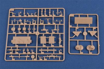 HobbyBoss 80150 1/35 Scale German Pz.Kpfw.III/IV auf Einheitsfahrgestell Military Tank Plastic Assembly Model Kits