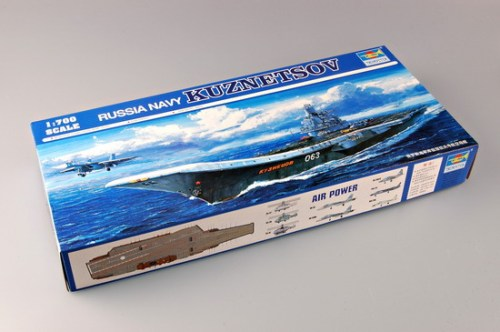 Trumpeter 05713 1/700 Scale Russia Navy Kuznetsov Aircraft Carrier Military Plastic Assembly Model Kits