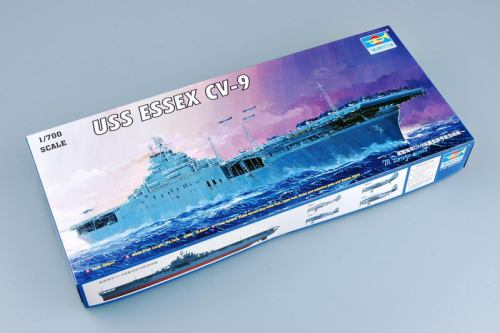Trumpeter 05728 1/700 Scale US Aircraft Carrier ESSEX CV-9 WOW Military Plastic Assembly Model Kits