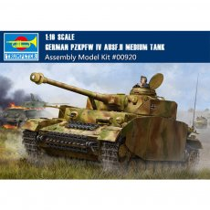 Trumpeter 00920 1/16 Scale German Pzkpfw IV Ausf.H Medium Tank Military Plastic Assembly Model Kit