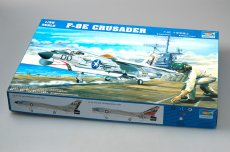 Trumpeter 02272 1/32 Scale US F-8E Crusader Military Plastic Aircraft Assembly Model Kits
