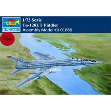 Trumpeter 01688 1/72 Scale Tu-128UT Fiddler Military Plastic Aircraft Assembly Model Kits