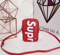 Supreme Handbag (1)