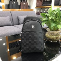 LV Chest Bag AAA (20)