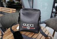 Gucci men Bag AAA (24)