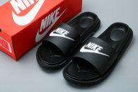 Nike Slippers (38)