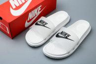 Nike Slippers (40)
