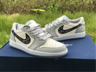 Authentic Dior x Ai Jordan 1 Low GS (with dior boxes)